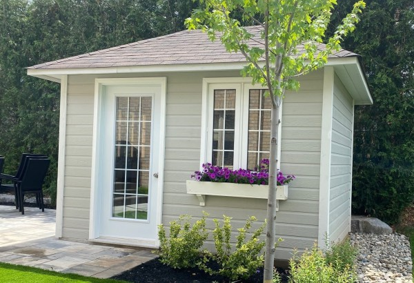Modern and classic home studios upgrade your backyard for Building a home office in backyard