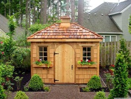 Cedar Sonoma shed 8x10 with cedar shingles in Lake Oswego, Oregon. ID number 1246.