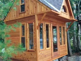 Prefab bunkie Kit with side-lite windows in North Bay Ontario. ID number 194900
