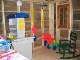 Petite Pentagon Playhouse idea with canexel Summerwood ID number 33086.
