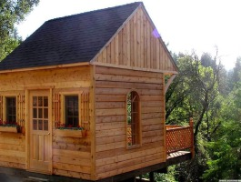 Glen Echo Cabin Kit with cedar Summerwood ID number 4812.