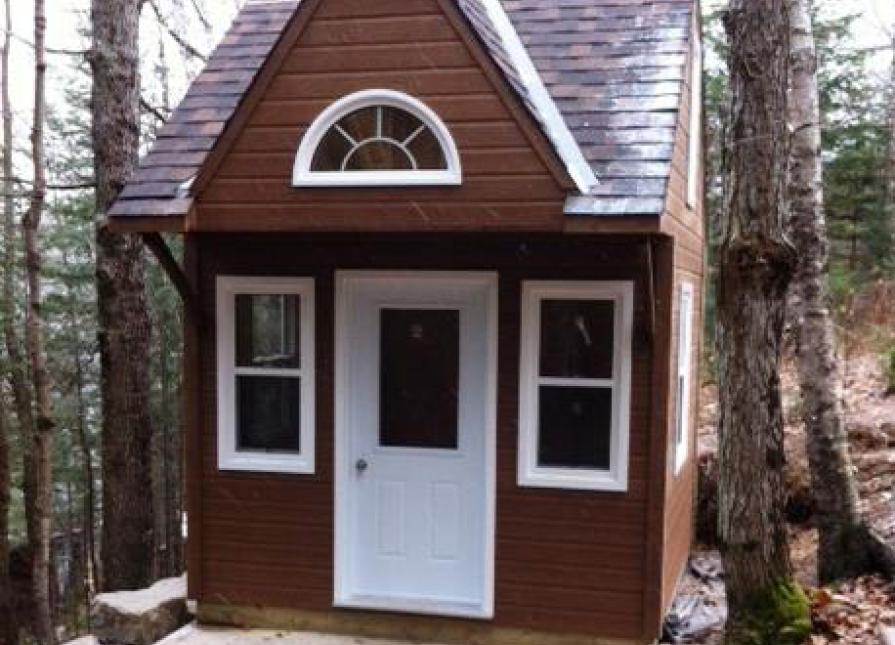 10 X 10 Bala Bunkie Cabin In Buffalo New York