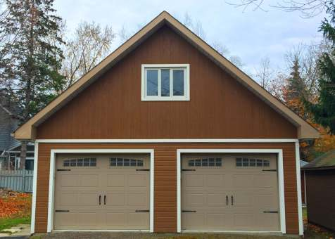 Alpine garage 24x38 with metal deluxe solid doors. In Toronto Ontario. ID number 195952-2.