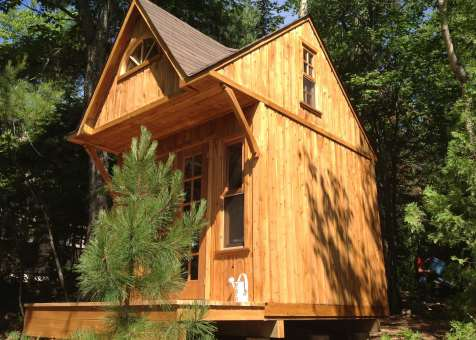 Custom Bala bunkie 10 x 10 with double french doors in Ontario. ID number 165870-5