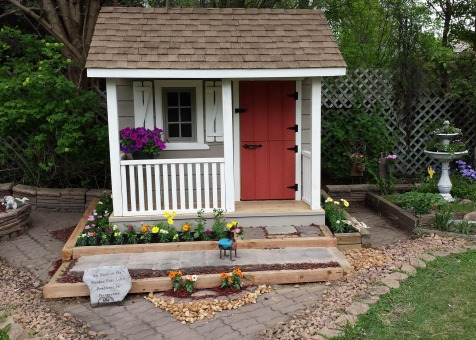 Peach picker porch 7x7 playhouse with dutch door in Bloomington Indiana. ID number 177035-2.