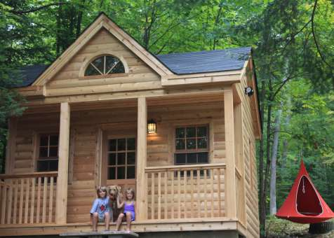 Cedar Canmore 16x16 cabin with deluxe single door in Combermere Ontario. ID number 209546-1