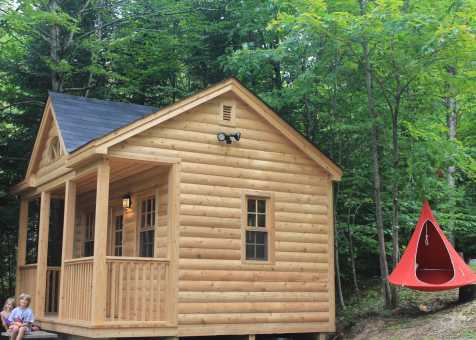 Cedar Canmore 16x16 cabin with deluxe single door in Combermere Ontario. ID number 209546-2