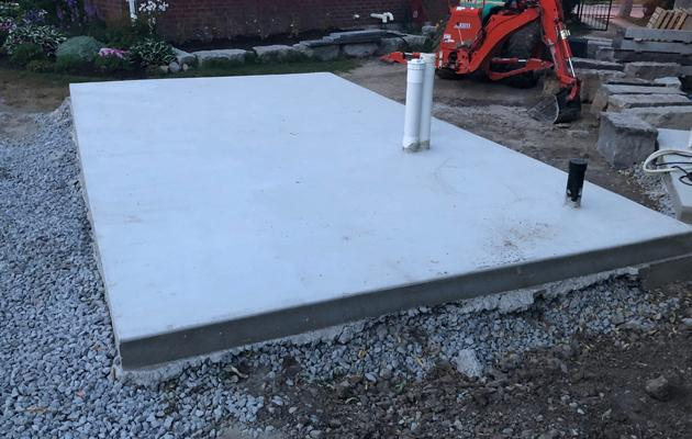 Surfside pool house foundation