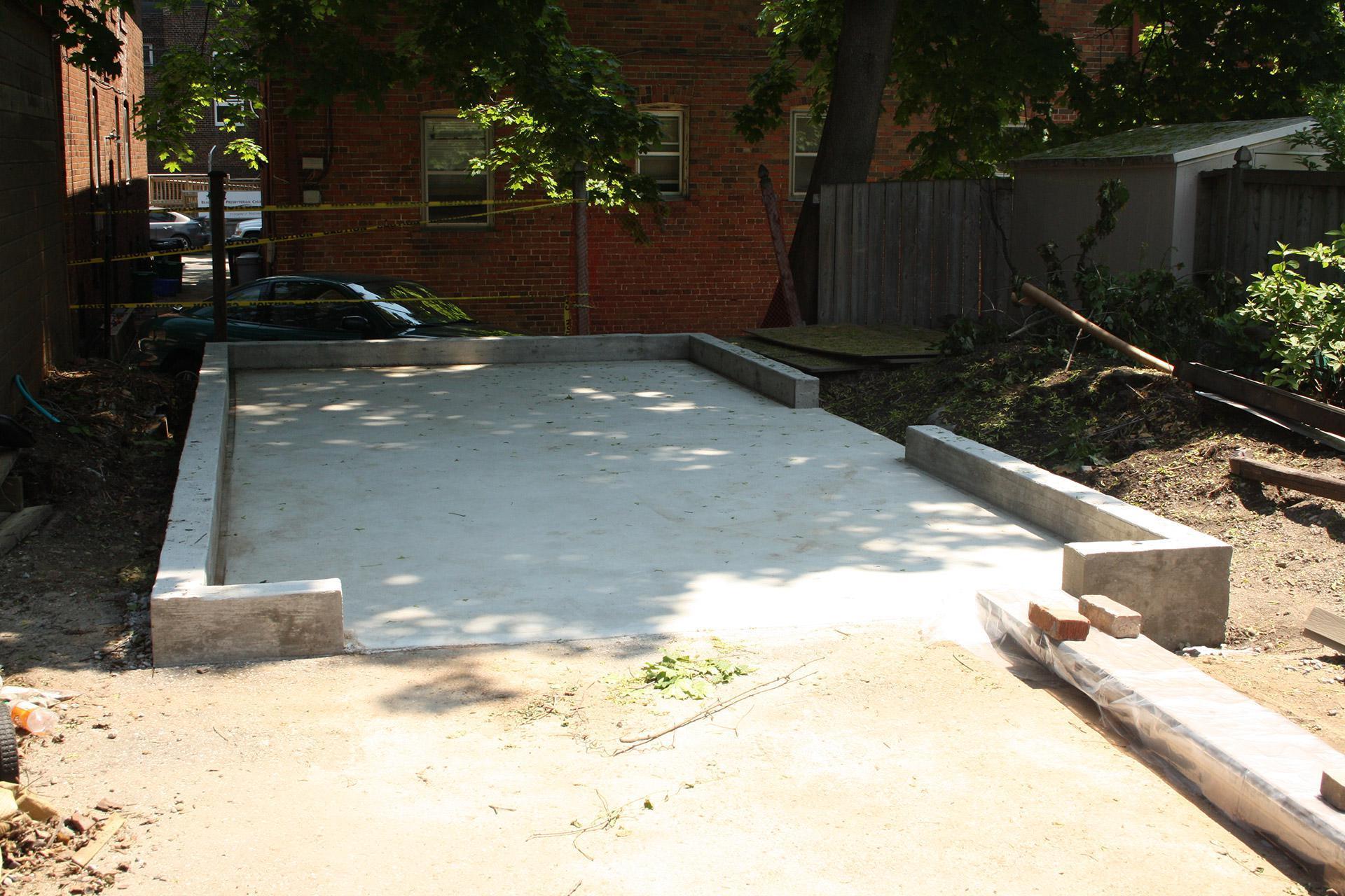 Urban garage design summerwood for Foundation for garage