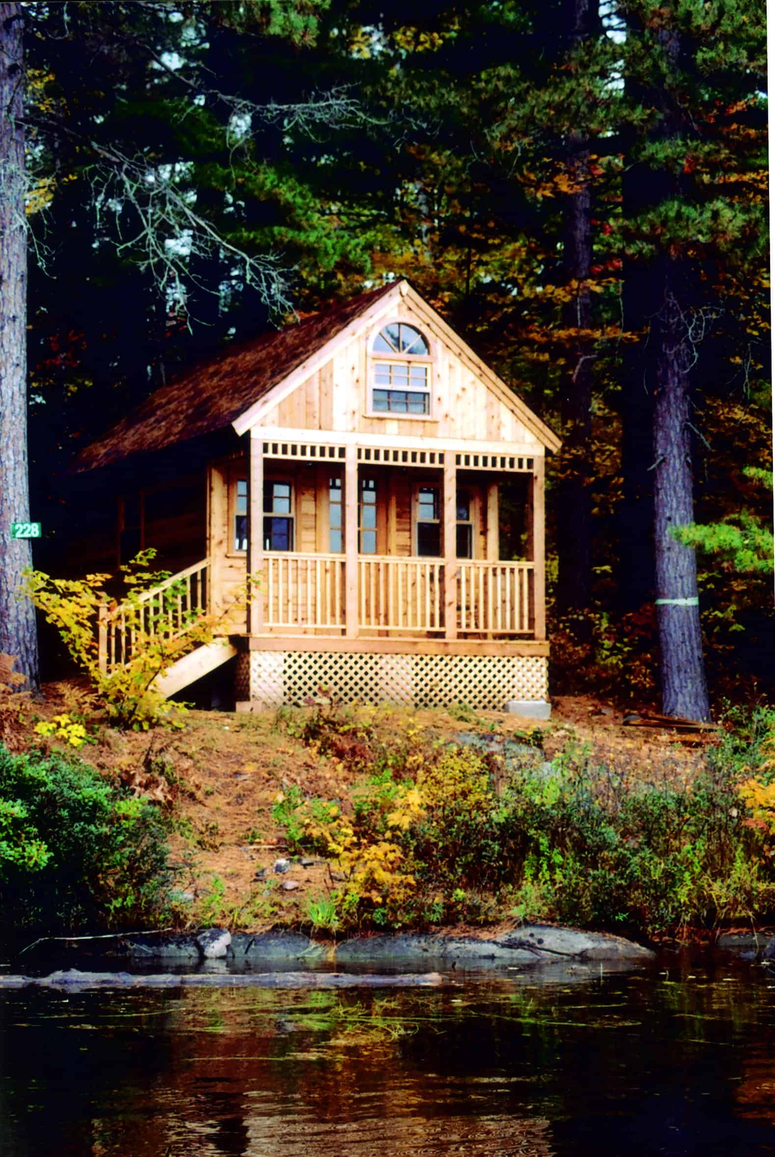 10 Picturesque Small Cabins - Summerwood Products